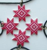 Кулён handmade з элементам нацыянальнага арнаменту (сымбаль дзіцяці)
